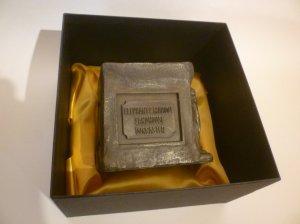 Bronze-effect in box