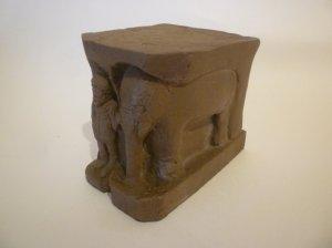 Sand-effect elephant